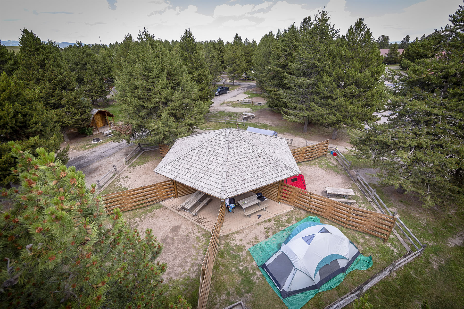 Rv Tent Sites Offer Camping Comfort Yellowstone Park